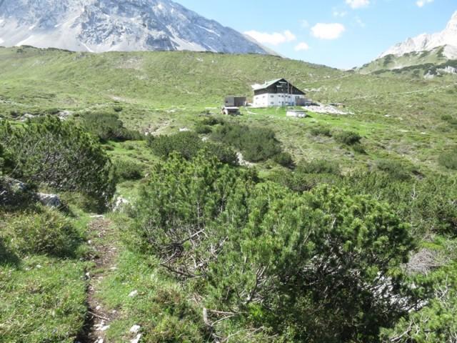 Pfeishütte vom Steig zur Sonntagskarspitze aus
