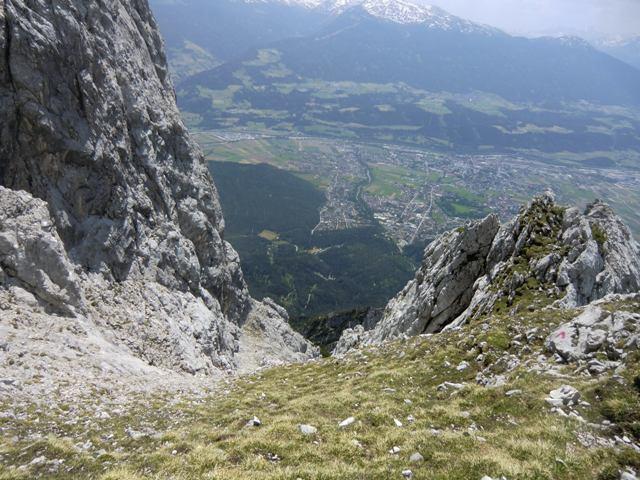 die Aufstiegsrinne zum Plateau im abstieg