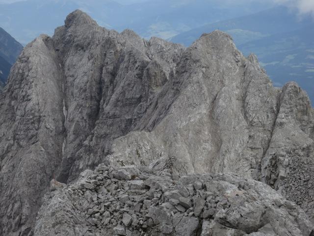 Blick vom Gipfel Kleiner Solstein auf die Hohe Warte und die Brandjochspitzen