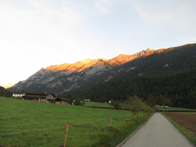 ein schöner Herbstmorgen am Vomperberg