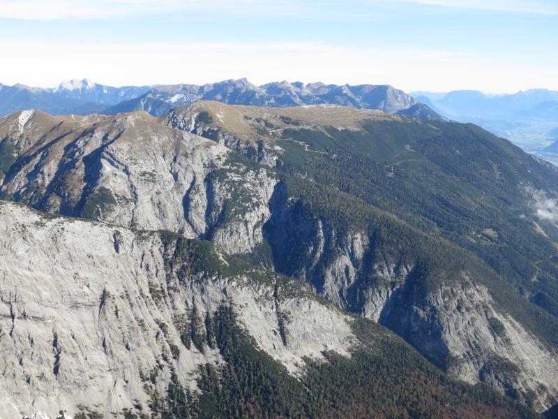 """Stanserjoch oder Stanerjoch; """"einer der ersten und besten Nachweise von Überschiebungen in den Alpen, dessen Bedeutung aber lange nicht voll erkannt wurde"""""""