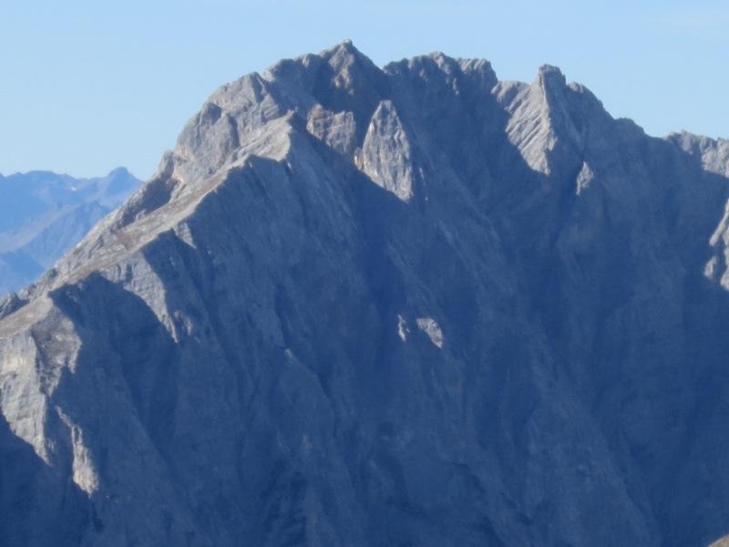der Bockkarlturm nördlich der Trattenspitze, eine geologische Besonderheit die Otto Ampferer beschreibt