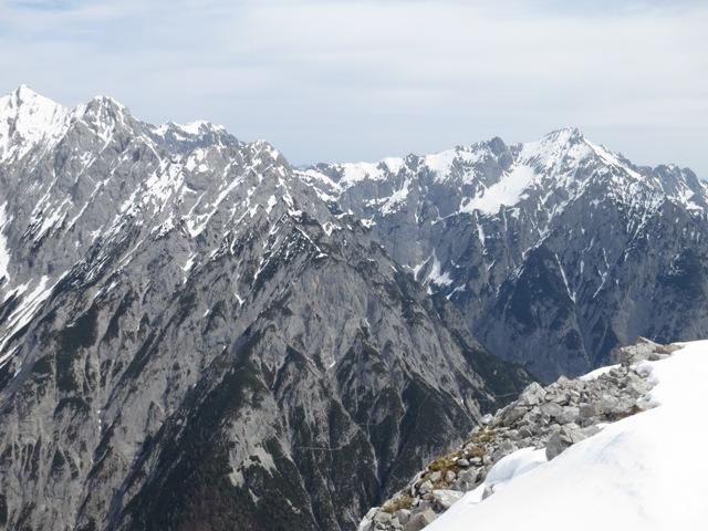 Hochglück, Kaiserkopf und Huderbankspitze, sowie Hochnissl rechts