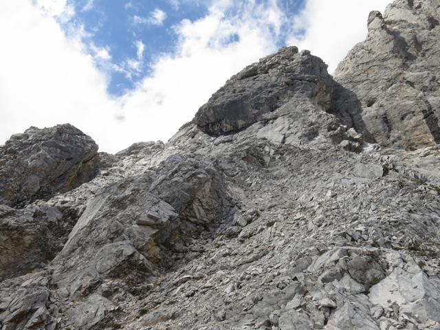 unter der Rippe auf den letzten Metern im Fels wieder vor der Zunterngrenze