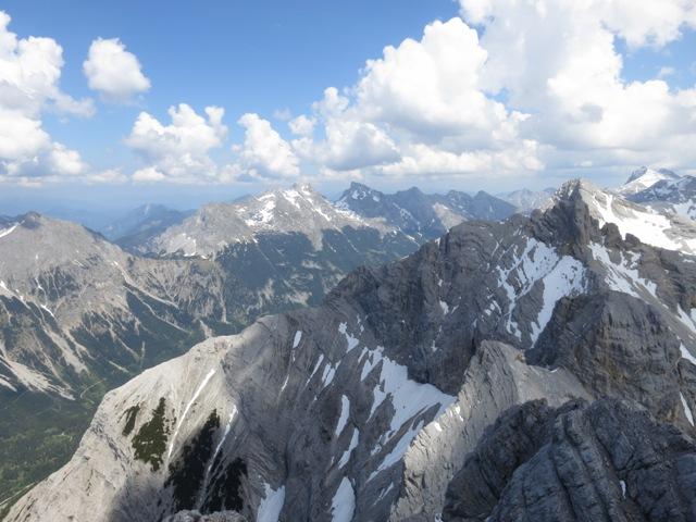 Blick nach Osten von der Pleisenspitze