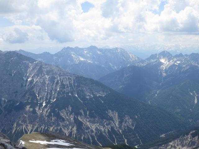 Blick nach Süden von der Pleisenspitze