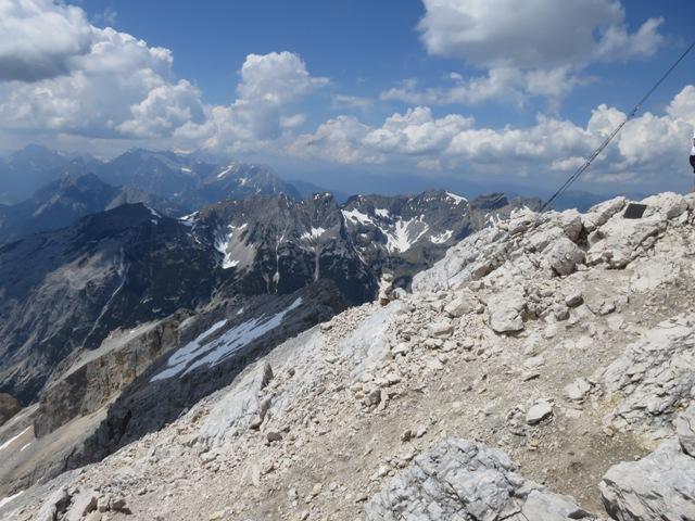 Blick nach Westen von der Pleisenspitze