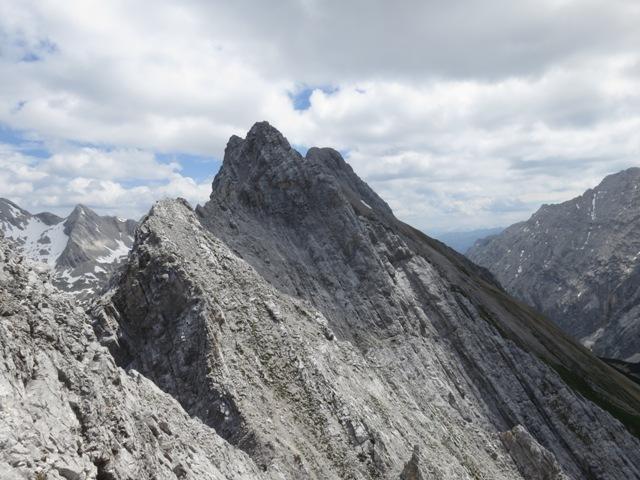 Ausblick auf die höhere Hallerangerspitze