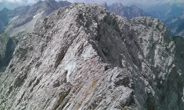 erster Blick zurück auf die Gamskarspitze