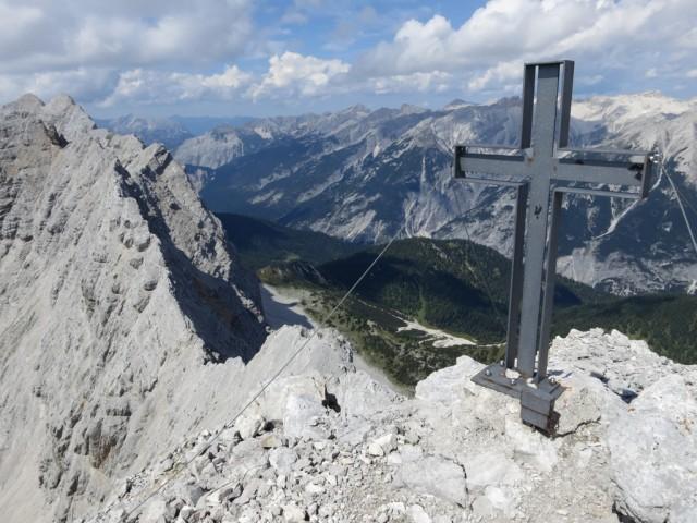 Sonntagskarspitze, 2.575m