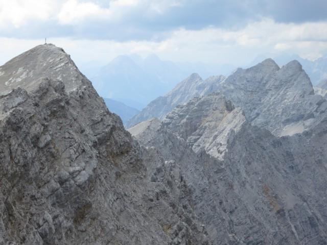 gesamter Gratverlauf von der Kaskarspitze bis zur Vorderen Bachofenspitze