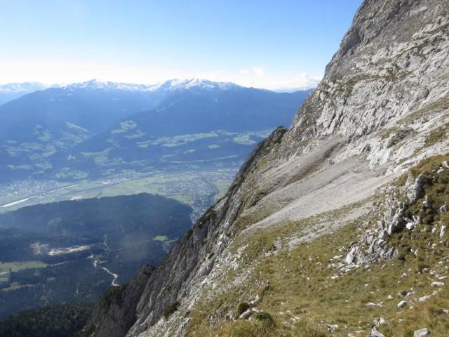 Rückblick auf den Steig (bzw. verliert er sich zuweilen) von der Kleinen Wechselspitze