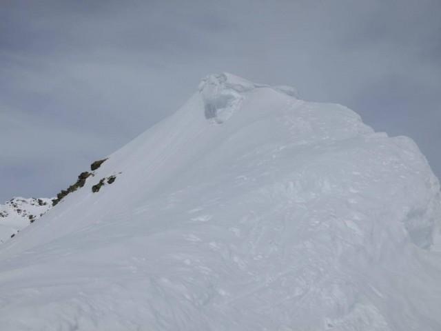 letzterAnstiegsteil, der Grat und der Gipfel der Ellesspitze
