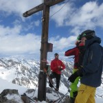 Christian mit den drei Kollegen am Gipfel