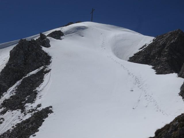 Der Gipfel der Lattenspitze 2.340m
