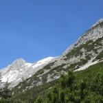 Trattenspitze links und Hundskopf rechts