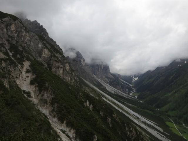 am Abstieg, Kirchdachspitze völlig im Nebel