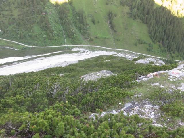 Am Jubiläumssteig, Aufstiegsgelände unterer Teil