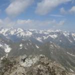 ein Blick in die Sellrainer Gipfel der Stubaier