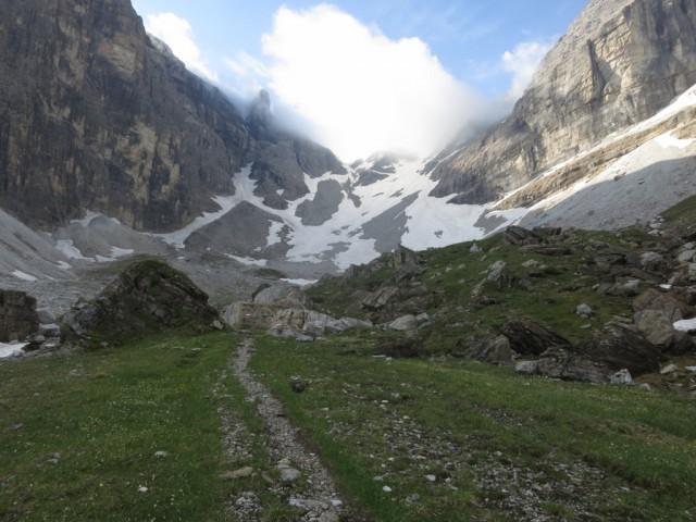 Steig nach der Tribulaunhütte