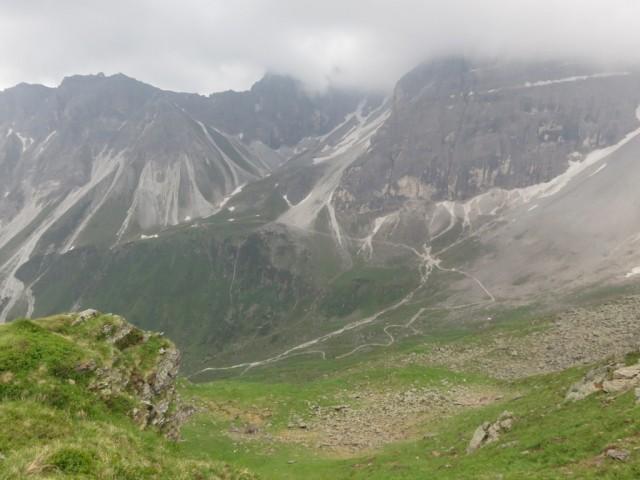 Rückblick vom Joch zur Tribulaunhütte