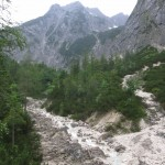 Oberlauf des Vomperbaches und rechts das Grubenkar