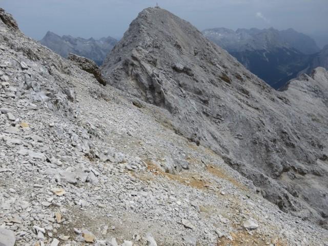 Abstieg von der Westlichen Praxmarerkarspitze