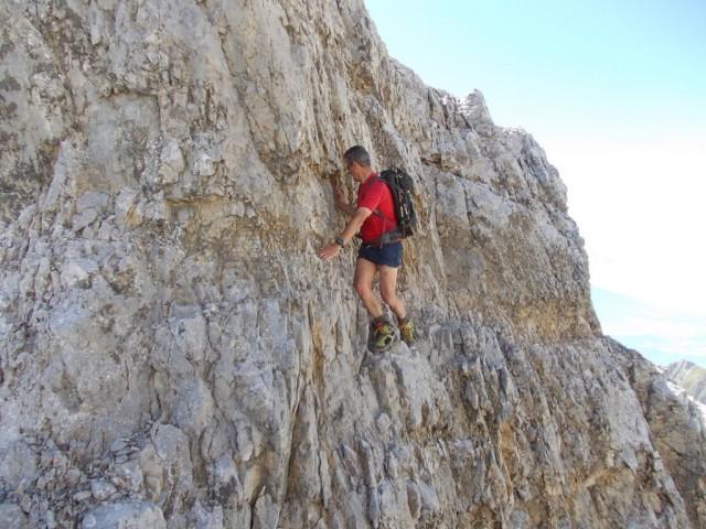 im etwas heiklen Abstieg zum höchsten der Fallbachkartürme