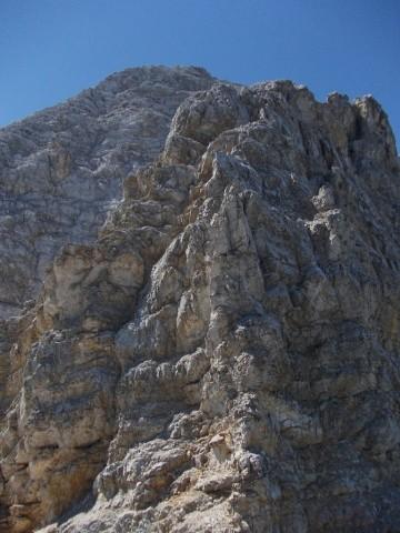 letzte schwierige Stelle bei der Überschreitung der Fallbachkartürme; zwischen Nordkante und Riss links geht es hinauf