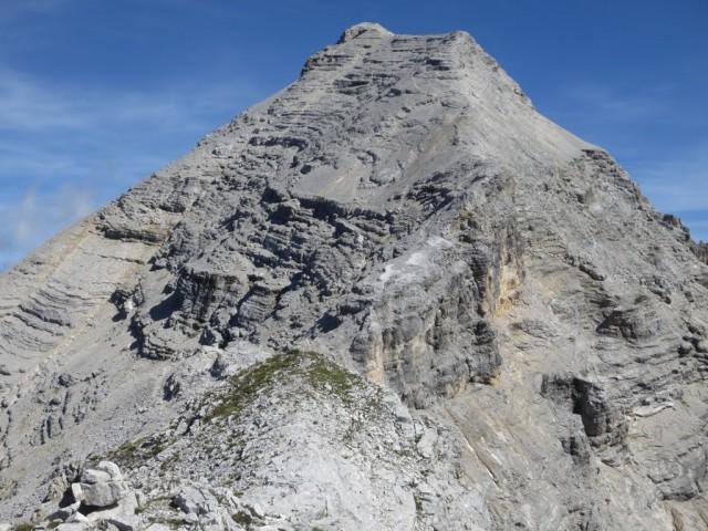 Aufstieg auf den die höchste Erhebung der Sägezähne