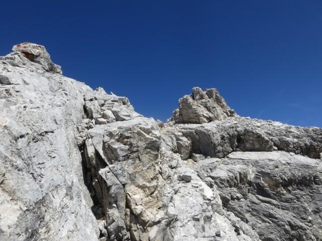 Aufstieg aus einer Scharte zur Kaltwasserkarspitze