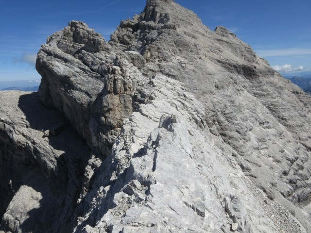 eine weitere Scharte folgt am Gratverlauf Kaltwasserkarspitze