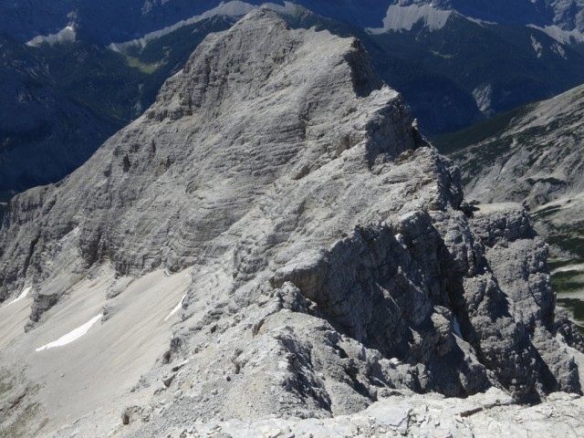 Rückblick vom Gipfel der Kaltwasserkarspitze auf den Südgrat (Heissenkopfgrat)