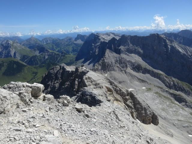 Blick auf die östlichen Gipfel der Karwendelhauptkette