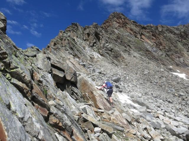 Aufstieg auf den Falbesoner Knotenspitze am Grat