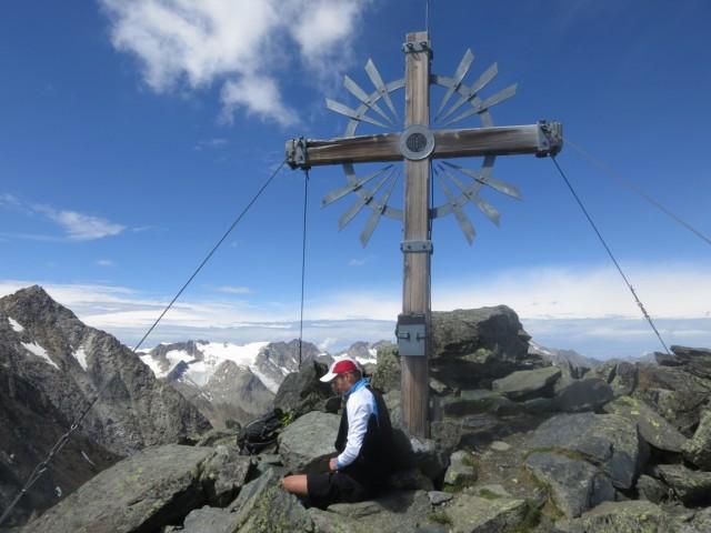 auf der Kreuzspitze, 3083m südlich der Östlichen Knotenspitze