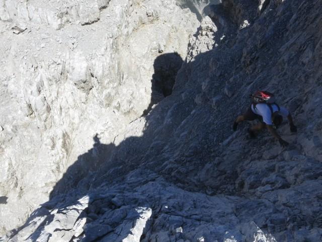 Abstieg zur nächsten kleinen Einschartung in den Fallbachkartürmen