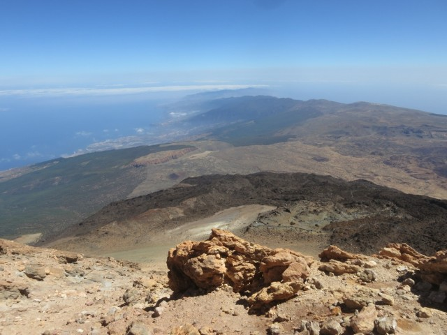 Blick auf den fernen Nordosten der Insel