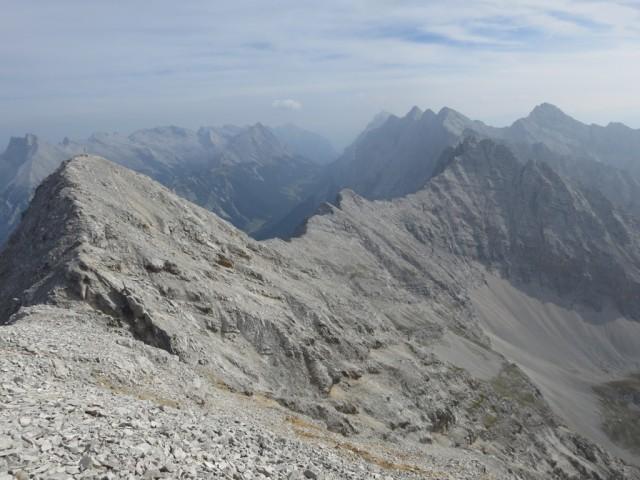 Gratverlauf Östliche Praxmarerkarspitze - Kaskarspitze