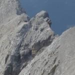 Blick von der Kaskarspitze auf die Doppelscharte und den anschließenden runden Gratkopf