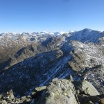 Rückblick von der Gamslahnerspitze auf die Kreuzspitze