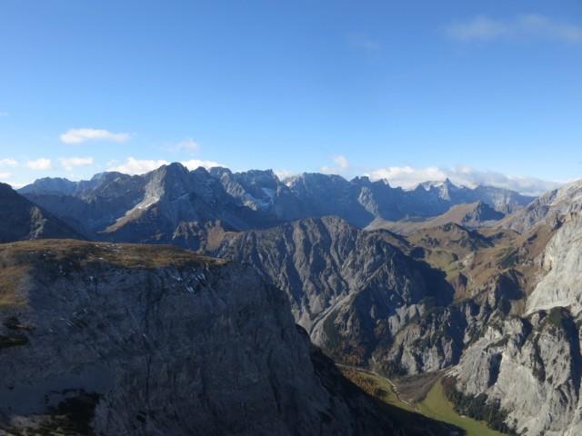 am Gipfel der Rappenspitze, Blick zur Karwendelhauptkette