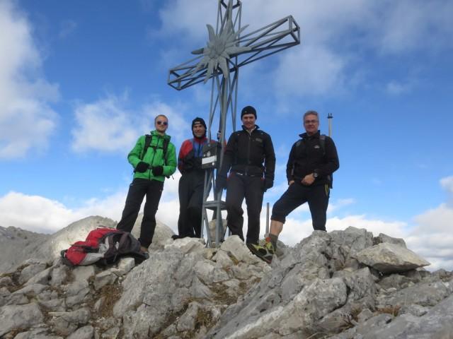 Julian, Andi, Manuel und der Verfasser auf der Kleinen Stempeljochspitze